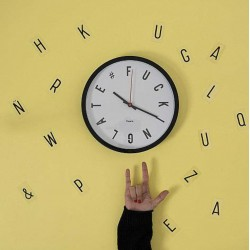 Reloj Fucking late