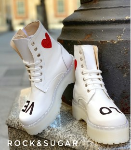 Love combat boots R&S