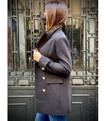 Levita Haute couture is dead negra